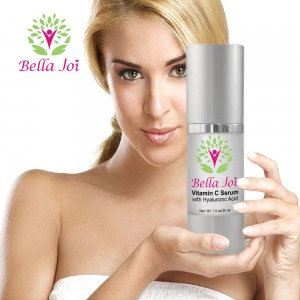 girl-with-vitamin-c-serum